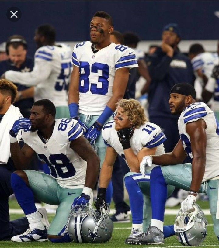Dallas Cowboys kneel before Monday Night Football game in protest of police brutality and in protest of Donald. (September 25, 2017)