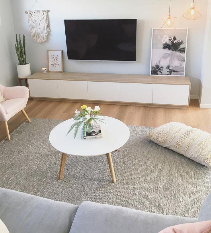 Boho Scandi living room by Sapphire Living Interio…