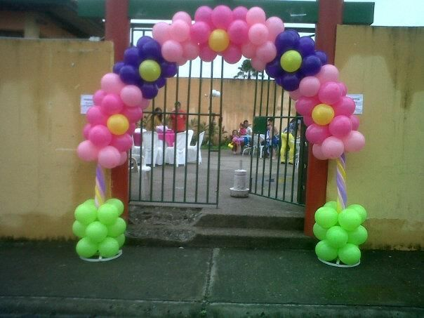 arco de globos para ingreso a fiesta