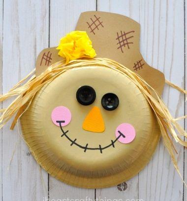Adorable scarecrow paper plate craft for kids // Kedves madárijesztő papírtányérból - őszi kreatív ötlet gyerekeknek // Mindy - craft tutorial collection // #crafts #DIY #craftTutorial #tutorial #Upcycling #RecyclingCraft #UpcyclingCraft #PaperCraft #KreatívÚjrahasznosítás