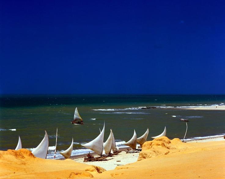 CEARÁ (cap. Fortaleza) - Aracati City - Canoa Quebrada Beach.
