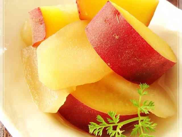 りんごとさつま芋の*はちみつレモン煮の画像