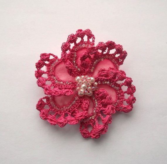 rose au crochet, rose fait main crochet broche, fait main, corsage accessoires, broches, mère du marié mariée, accessoires de mariage.