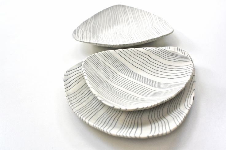 Caos porcelain plates by Arte nel pozzo