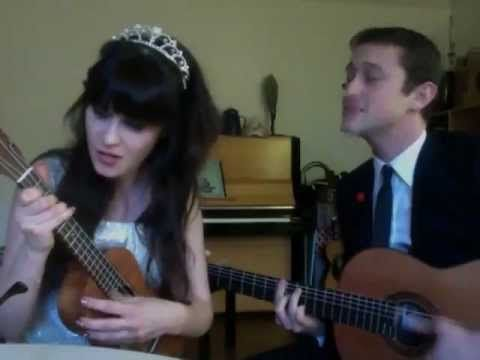 Zooey Deschanel and Joseph Gordon Levitt singing. love it