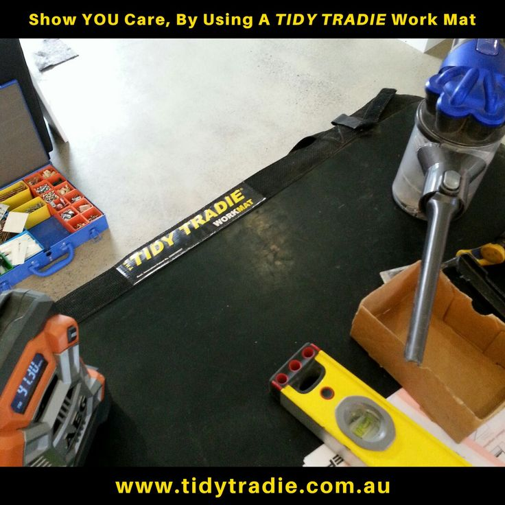The plumber @moyleplumbing is making good use of his Work Mat, proving to the customer that he is clean and tidy. Most plumbers just dump their tools on someone's bath mat or spread them all over the floor. #moyleplumbing #moyleplumbingandgasfitting #yatala #plumber #plumbers #plumbing #plumbingprofessional #tidytradienetwork