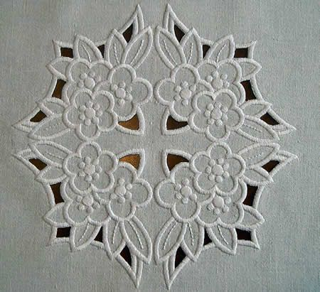 free hungarian embroidery patterns | EMBROIDERY RICHELIEU « EMBROIDERY & ORIGAMI