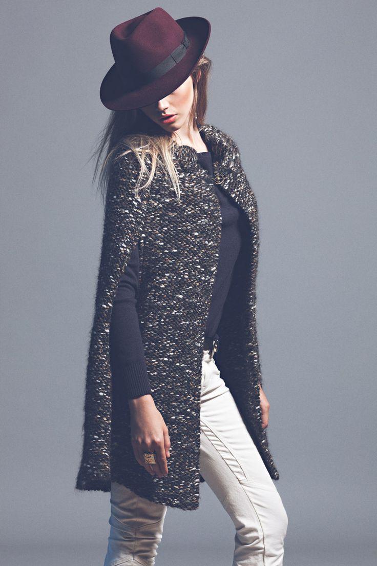 editorial de moda tendencias otoño-invierno 2012-13: capa de lana de Ba