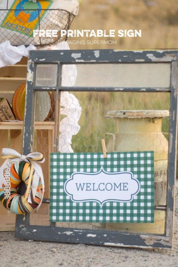 """Free printable Fall """"Welcome"""" sign for an Autumn Market Party via @PagingSupermom"""