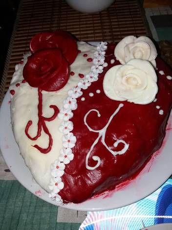 Valentinnapi eper torta