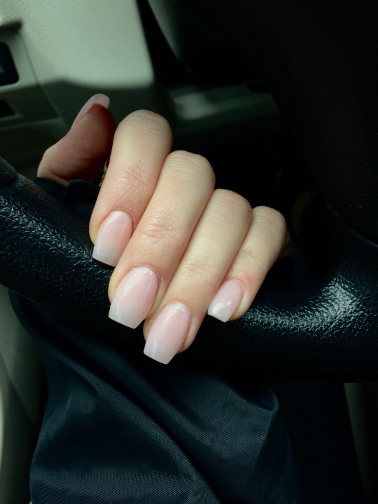 Natural coffin nails #naturalnails #nailtrends #coffinnails #ombre nails #naturalpinknails