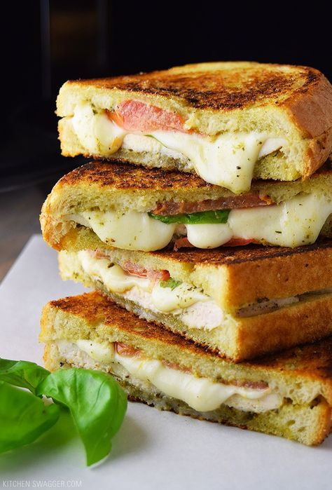 The chicken pesto and mozzarella panini is made on a cast iron skillet with, pesto sauce, tomato, and slices of fresh mozzarella cheese. No grill required.