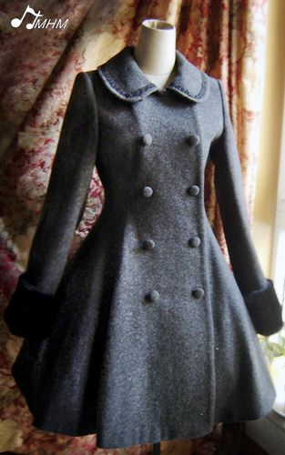 Love this type of coat! Check out the website, it's packed with inspiration for steampunk/vintage/loli style.