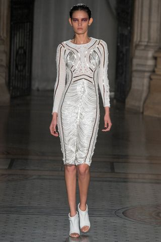 Julien Macdonald Fall 2014 Ready-to-Wear Collection Slideshow on Style.com