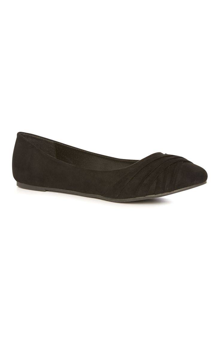 Current fashionable Primark Black Pleated Ballerina