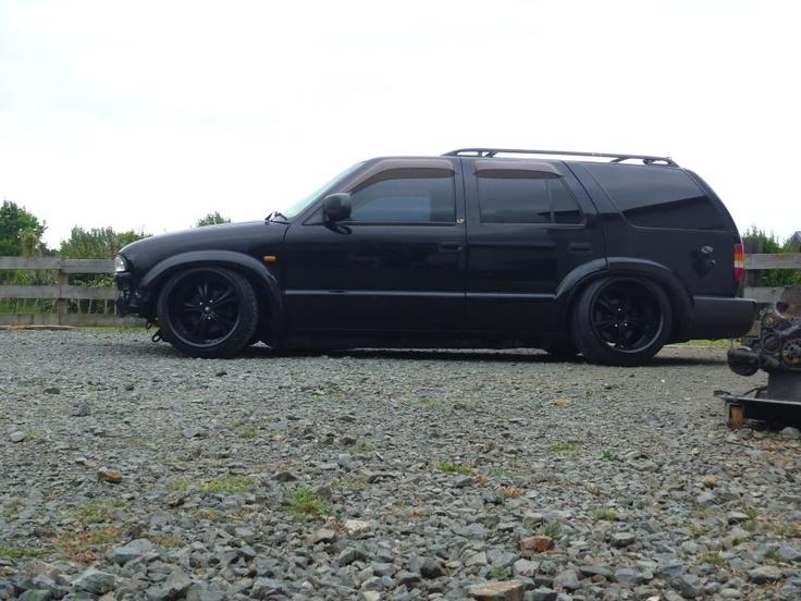 ZR2 Flares on bagged Chevy Blazer | stanced 'n slammed ... S10 Hellaflush