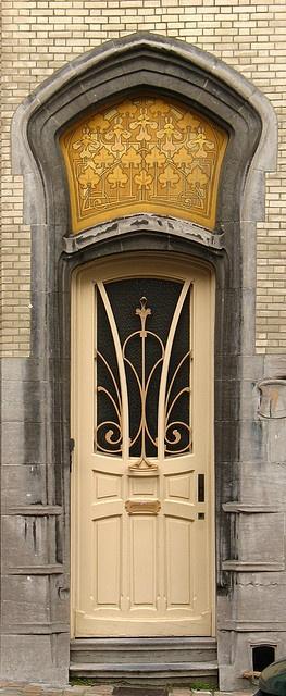 9 rue Vilain XIIII by Fonk, via Flickr-BrusselsThe Doors, Art Nouveau, Vilains Xiiii, Front Doors, Windows, Arches Portal, New Doors, Gates, Rue Vilains
