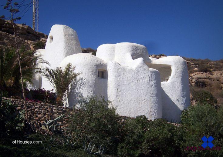 André Bloc & Claude Parent /// Bloc House (Casa del laberinto) /// Carboneras, Almeria, Spain /// 1962