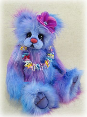 Hager Bears by Donna Hager creates OOAK, One of a Kind artist bears from mohair and imported faux fur.