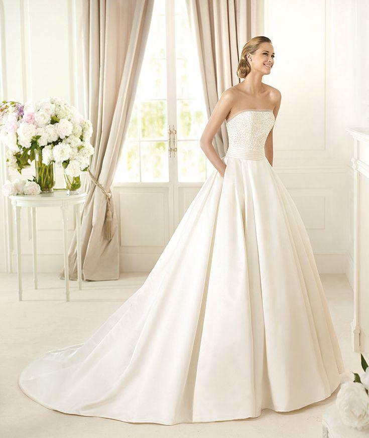 Pronovias vous présente la robe de mariée Dalamo. Costura 2014. | Pronovias