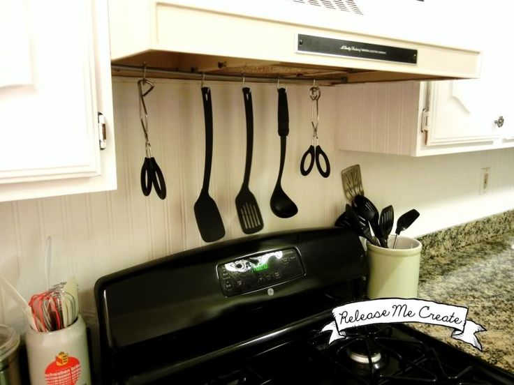 DIY Hanging Bar For Kitchen Utensils. Good For Compact Spaces To Organize  Your Stovetop Easily.