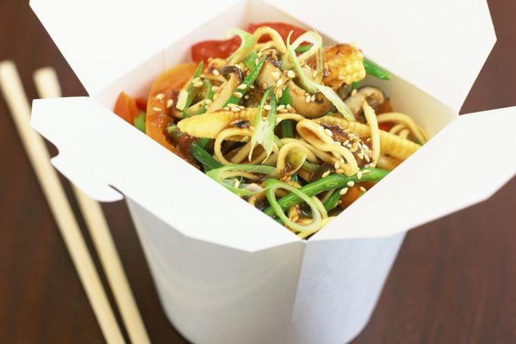Valor nutricional de los fideos vermicelli de arroz. El suave relleno de fideos en tu tazón de sopa pho vietnamita no es espagueti sino fideos de arroz vermicelli. Estos fideos, hechos de harina de arroz, se encuentran en toda Asia y se usan en varias cocinas diferentes incluyendo la tailandesa y ...