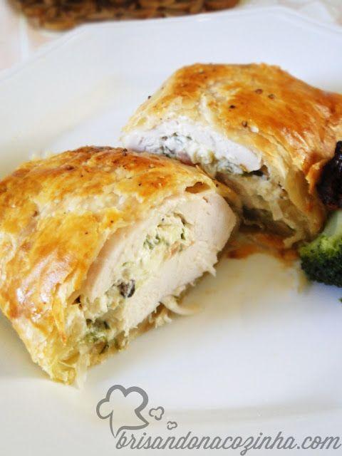 Brisando na Cozinha: Kaytucky Chicken - Trouxa folhada de frango recheado com cream cheese, alho poró e bacon
