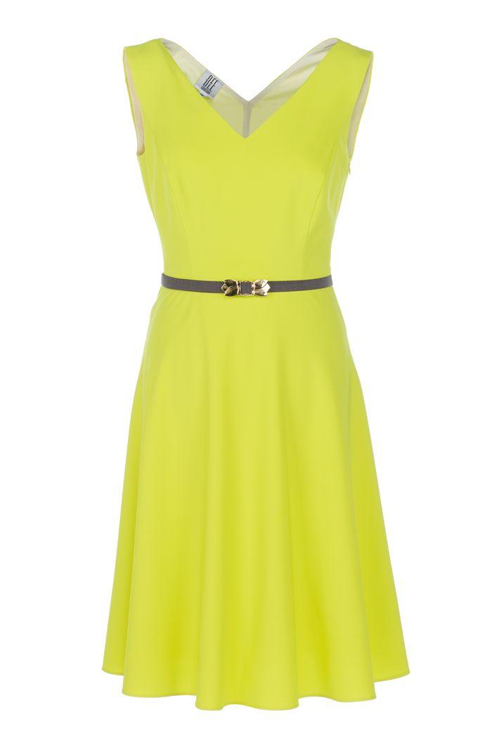 Limonkowa sukienka bez rękawów. Lime color dress without sleeves. http://www.bee.com.pl/e-sklep/