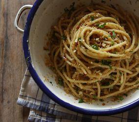 シチリア風アンチョビとパン粉のパスタ レシピブログ                                                                                                                                                                                 もっと見る