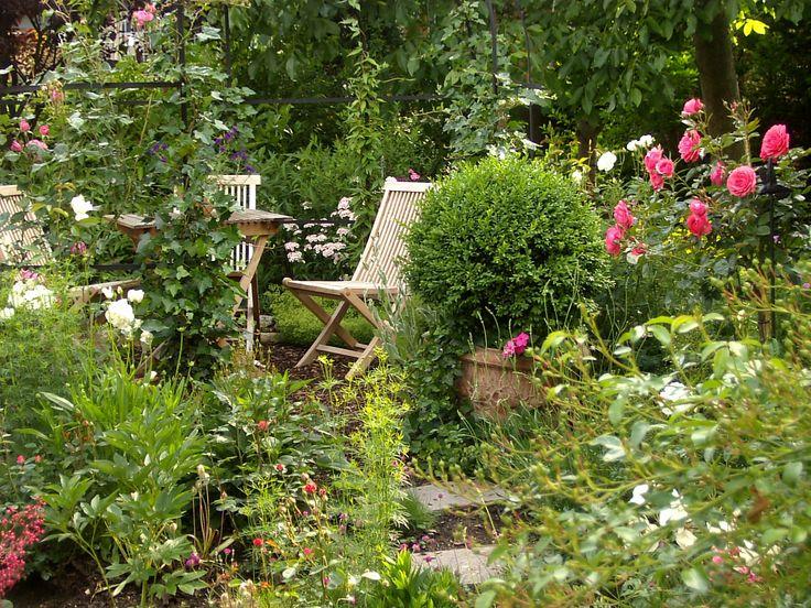 Pavillon mit Sitzplatz #unsertraumingruen#Gartensitzplätze