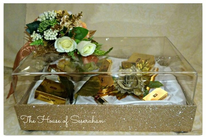 Golden wedding boxes seserahan #seserahan #Indonesia