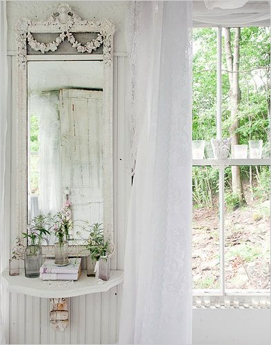 peaceful...: Vintage Mirror, Shabby Chic, White Mirror, Gardens Houses, Victorian Cottages, White Decor, Beaches Houses, Shower Curtains, Gingerbread Houses
