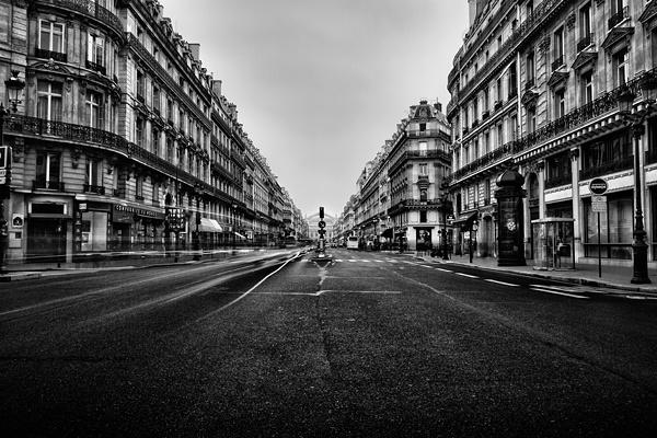 Paris B by Geoffrey Gilson