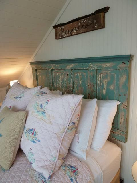 rustic headboard, Quincy Cottage, Cannon Beach