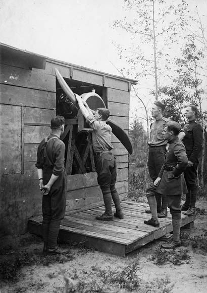 R.F.C. Canada. Teaching Propeller Swinging, Camp Borden, Ont., 1917