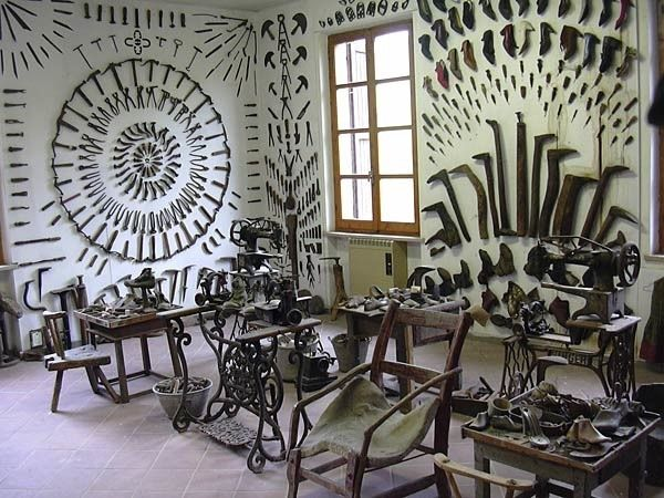 Week Trip Milano o Bologna A rambling museum which honors the beauty in everyday objects