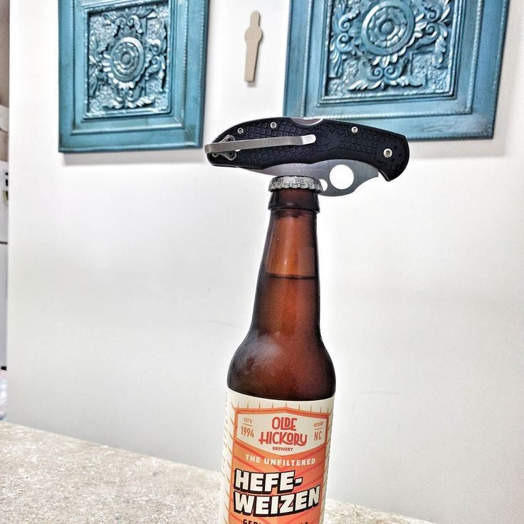 I'm still convinced that one of the best features of having the Emerson Wave on your #spyderco Delica is that it doubles as a bottle opener.  #edc #knife #delica #pocketknife #beer #ncbeer