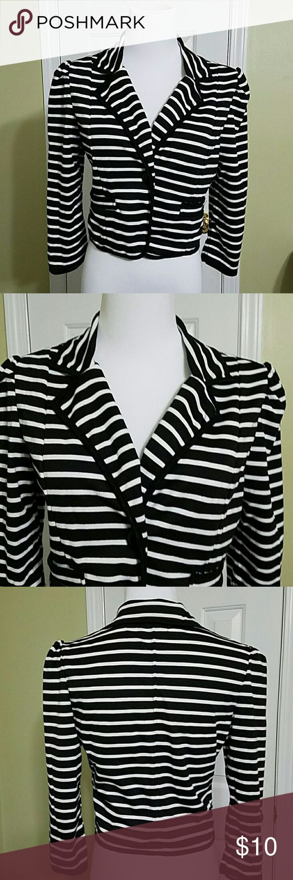 Body Central white and black stripped blazer Body Central white and black stripped blazer.  In good condition.  Length is about 17 inches.  Bust is about 32 inches.  Made of 100% polyester. Body Central Jackets & Coats