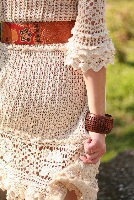 Crochet ideas - Beautiful 3/4 sleeve detail!