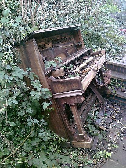 Piano Long Forgotten