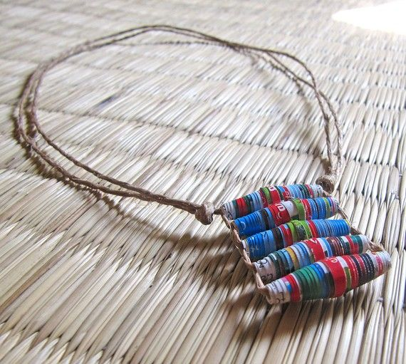 Blu ciondolo collana gioielli riciclati upcycled di PaperMelon