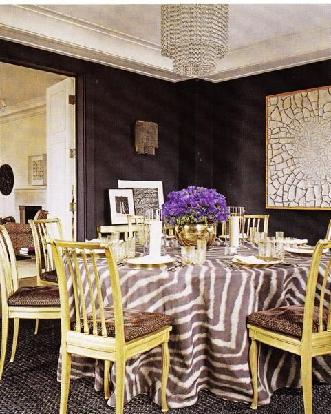 Dining Rooms, Wall Colors, Elle Decor, Tables Skirts, Diningroom, Zebras Prints, Ac Lauder, Round Tables, Dark Wall