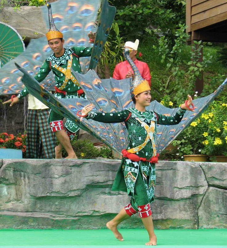 Pailin Peacock Dance of Cambodia