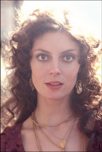 Susan Sarandon (b. Oct 4 1946) NYC, NY. Of Italian & Welsh heritage. Landed her 1st Hollywood role when her then-husband, Chris Sarandon, took her along on one of his auditions. Susan Sarandon is an Academy Award-winning American film actress known for roles in films like Bull Durham, Thelma & Louise & Dead Man Walking. While making Bull Durham, she met Tim Robbins, who would become her partner in real life.