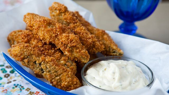 Southern-Fried Pickle Spears? Gotta Try It!