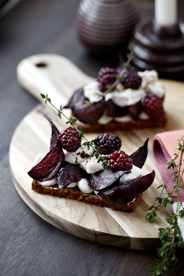 "The most beautiful 'open faced sandwich' from Kähler Spisesalon, Aarhus, Denmark. ""Kähler Red"" Photo by: Anna Overholdt, food styling: Gitte Jacobsen"