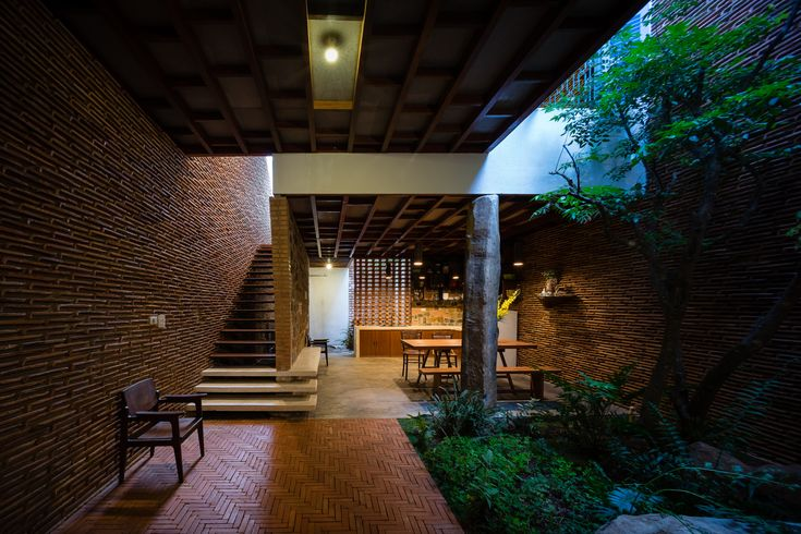 Uncle's House / 3 Atelier