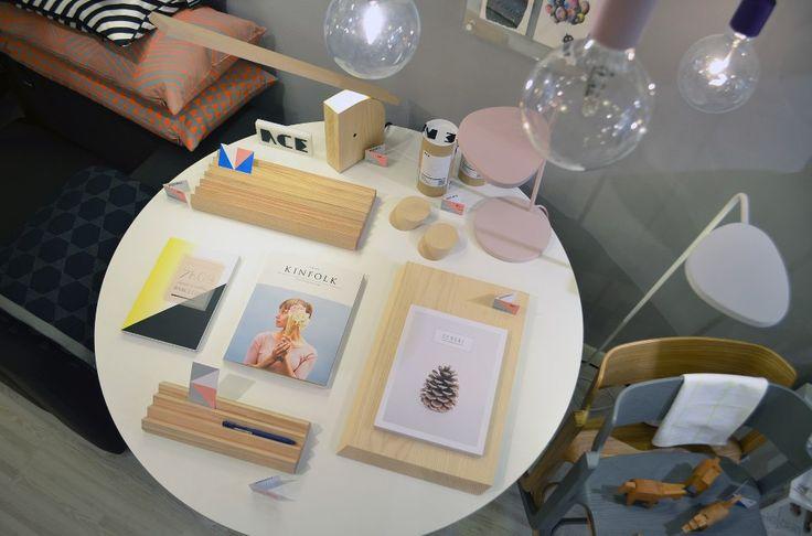 Sérendipité.ch et Kizuku sont heureux de vous annoncer leur amitié. Une sélection des revues soigneusement importées par sérendipité.ch est désormais disponible à la vente à la boutique Kizuku, à Vevey!