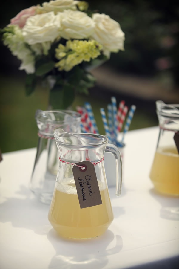 lemonade in rustic pitchers with natural-looking ID tags tied around