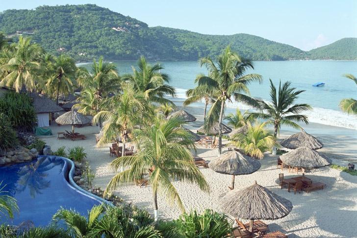 Zihuatanejo México  Aquí encontrarás algunos de los mejores campos de golf del Pacífico, además de cinco playas a elegir.